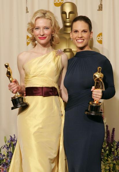 Curly Hair「The 77th Annual Academy Awards - Deadline Photo Room」:写真・画像(11)[壁紙.com]