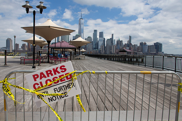 Jersey City「Coronavirus Pandemic Causes Climate Of Anxiety And Changing Routines In America」:写真・画像(19)[壁紙.com]