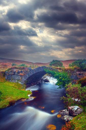 Republic of Ireland「Ruined bridge at the Poisoned Glen in County Donegal, Ireland」:スマホ壁紙(12)
