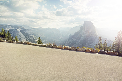 Dramatic Landscape「path with Yosemite's half dome in background」:スマホ壁紙(14)
