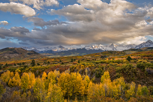 Uncompahgre National Forest「Mt. Sneffels and Sneffels Range at sunset in autumn」:スマホ壁紙(18)