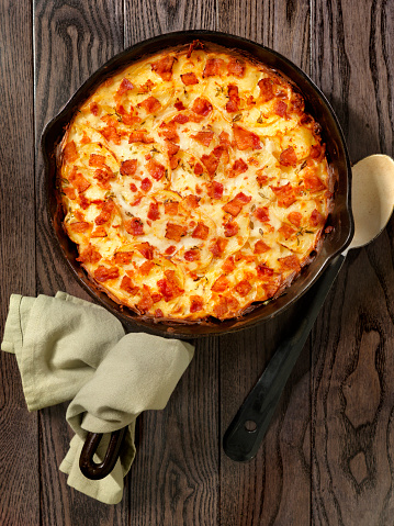 Scalloped - Pattern「Skillet baked, Scalloped Potatoes with Bacon」:スマホ壁紙(2)