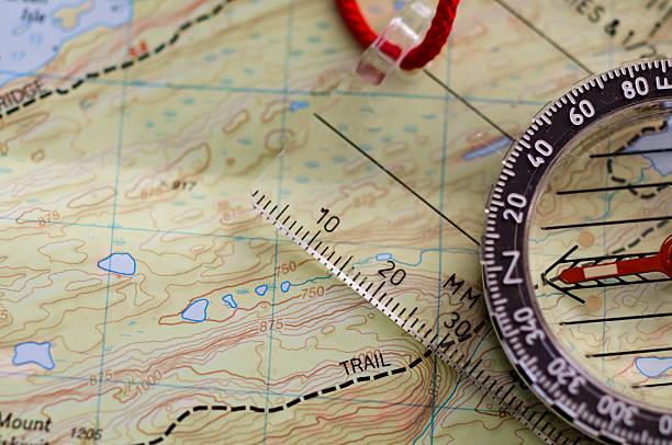Compass on Map:スマホ壁紙(壁紙.com)