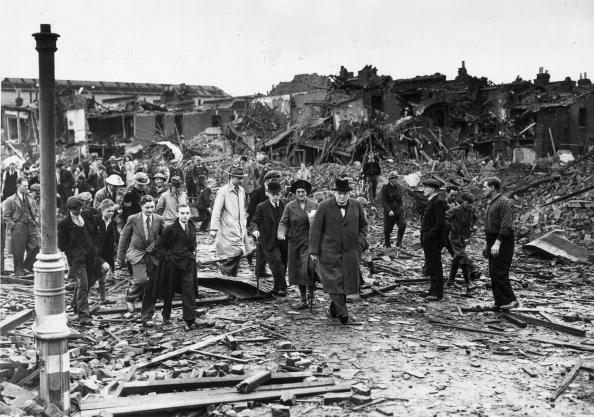 Bomb Damage「Churchill's Visit」:写真・画像(11)[壁紙.com]