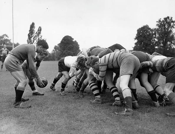 Fred Morley「Rugby Scrum」:写真・画像(8)[壁紙.com]