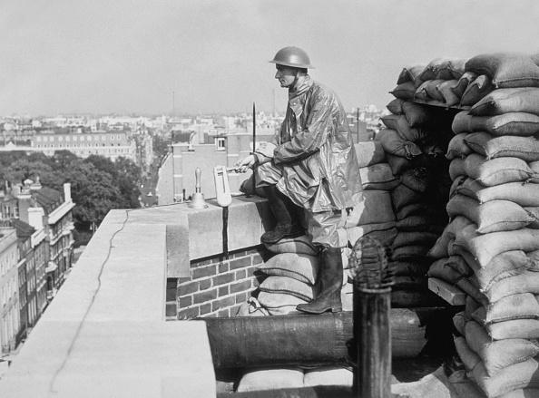 Grosvenor House Hotel - London「ARP Warden」:写真・画像(3)[壁紙.com]