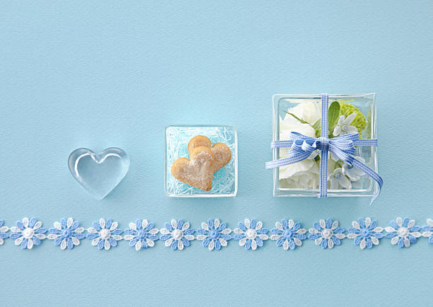 Gift box and cookie:スマホ壁紙(壁紙.com)