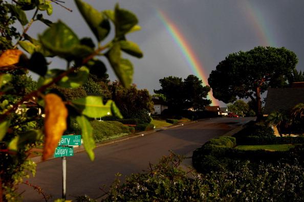 Double Rainbow「Massive Rainstorm Inundates Southern California」:写真・画像(0)[壁紙.com]