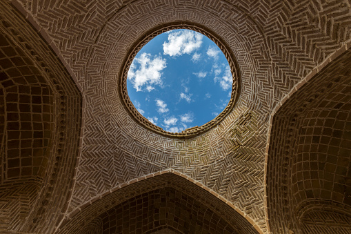 Yazd「Zoroastrian Towers of Silence」:スマホ壁紙(12)