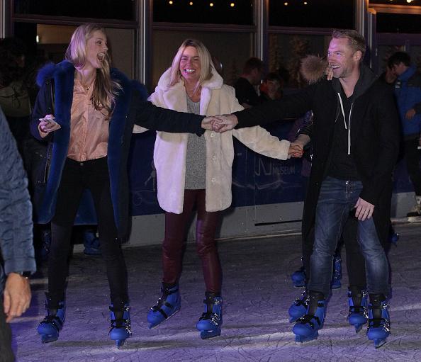 Swarovski「Natural History Museum Swarovski Ice Rink Launch」:写真・画像(12)[壁紙.com]