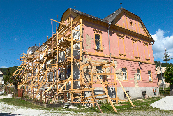 Support「Wooden scaffolding, Slovakia」:写真・画像(16)[壁紙.com]