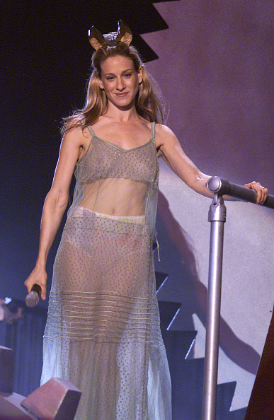 Sarah Jessica Parker「2000 MTV MOVIE AWARDS」:写真・画像(17)[壁紙.com]