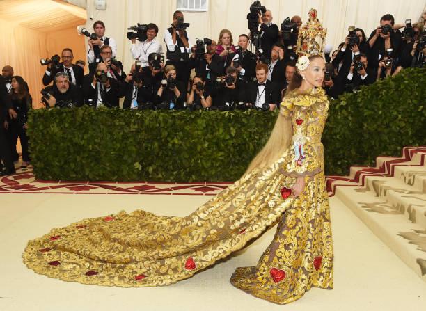 Heavenly Bodies: Fashion & The Catholic Imagination Costume Institute Gala - Arrivals:ニュース(壁紙.com)