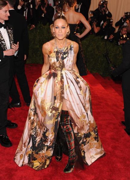 "Sarah Jessica Parker「""PUNK: Chaos To Couture"" Costume Institute Gala」:写真・画像(16)[壁紙.com]"