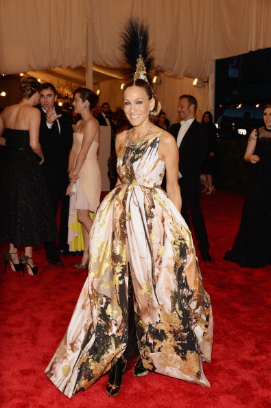"Sarah Jessica Parker「""PUNK: Chaos To Couture"" Costume Institute Gala」:写真・画像(5)[壁紙.com]"