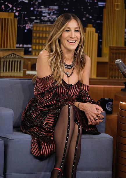 "Sarah Jessica Parker Visits ""The Tonight Show Starring Jimmy Fallon"":ニュース(壁紙.com)"