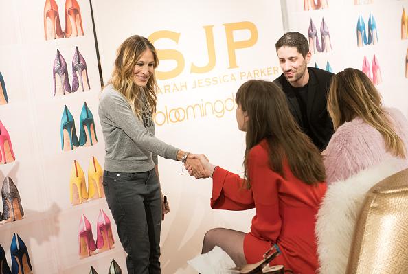 Sarah Jessica Parker「Sarah Jessica Parker Visits The New Bloomingdale's 59th Street Shoe Floor」:写真・画像(13)[壁紙.com]