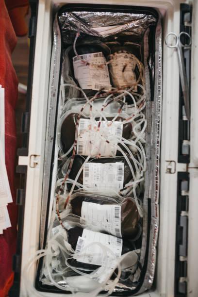 Blood transfusion bags:スマホ壁紙(壁紙.com)