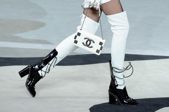 Personal Accessory「Chanel - Runway - PFW F/W 2013」:写真・画像(11)[壁紙.com]