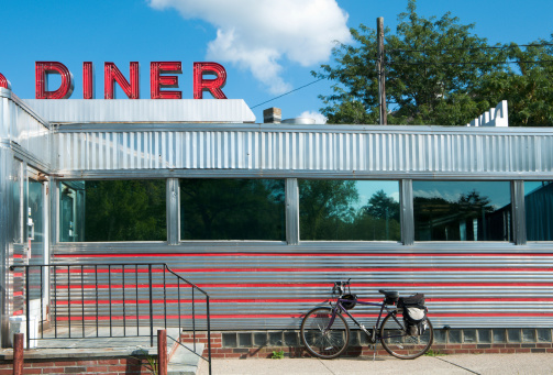 New England - USA「Diner with Bicycle」:スマホ壁紙(10)