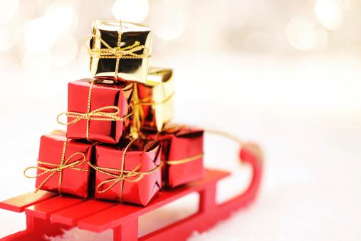Sled「Sleigh with christmas presents」:スマホ壁紙(0)