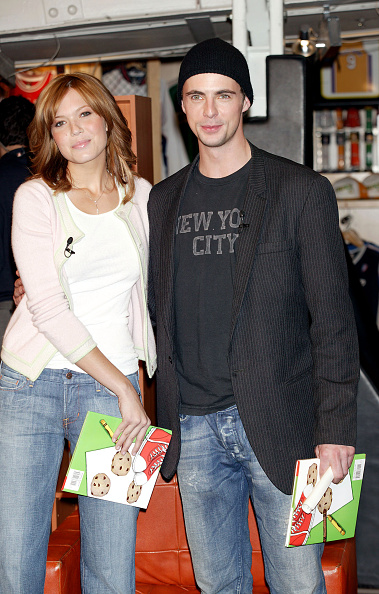 マシュー グッド「Mandy Moore And Matthew Goode Visit The NBA Store For A Reading  Timeout 4839ddbfa