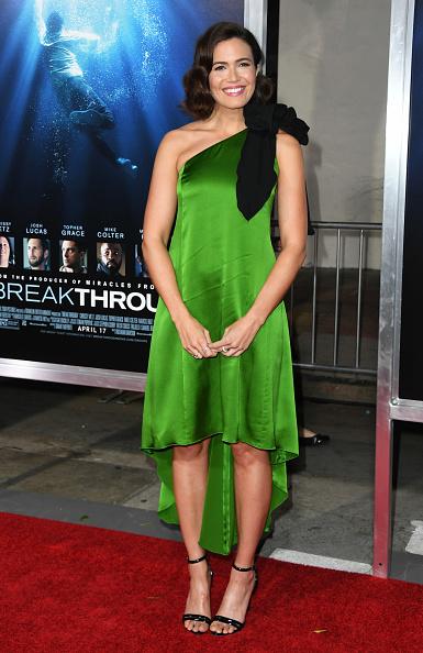 "Green Dress「Premiere Of 20th Century Fox's ""Breakthrough"" - Arrivals」:写真・画像(7)[壁紙.com]"