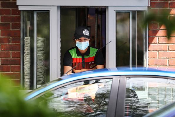 Drive Through「UK In Sixth Week Of Coronavirus Lockdown」:写真・画像(18)[壁紙.com]