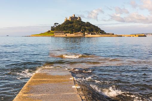 Famous Place「United Kingdom, Cornwall, St Michael's Mount」:スマホ壁紙(3)