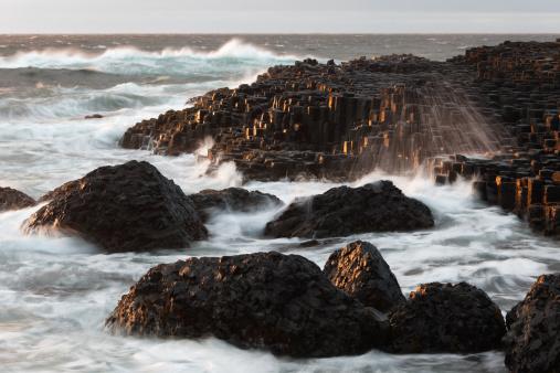 Basalt「United Kingdom, Northern Ireland, County Antrim, View of causeway coast」:スマホ壁紙(14)