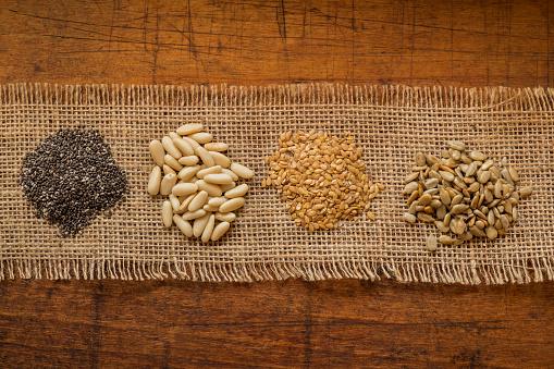 Pine Nut「Chia seeds, pine nuts, flax seeds and sunflower seeds」:スマホ壁紙(8)