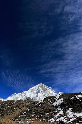 Khumbu「Summit of Nuptse mountain (7864 M),」:スマホ壁紙(3)