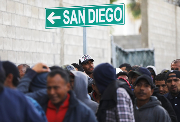 San Diego「Shelters In Border Town Of Tijuana Aid Deportees From The U.S.」:写真・画像(6)[壁紙.com]