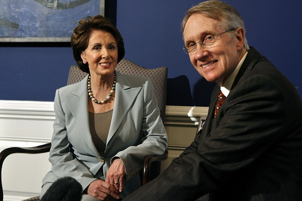 Speaker of the House「Pelosi And Reid Discuss Democratic Political Agenda」:写真・画像(17)[壁紙.com]