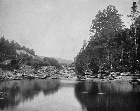 Water Surface「On The Ammonoosuc River」:写真・画像(17)[壁紙.com]