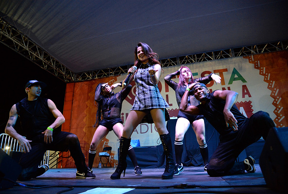 Sponsor「iHeartRadio Fiesta Latina La Villita, Presented By Chase」:写真・画像(8)[壁紙.com]