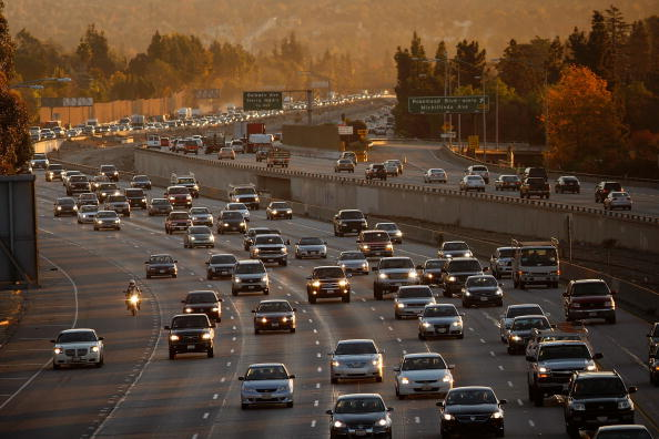 Multiple Lane Highway「U.S. Pledges To Reduce GHG Emissions 17 Percent By 2020 Ahead Of Summit」:写真・画像(1)[壁紙.com]