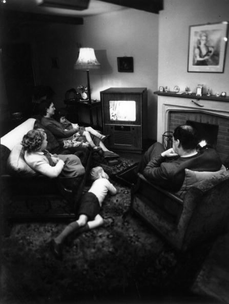 Family「Family Viewing」:写真・画像(5)[壁紙.com]