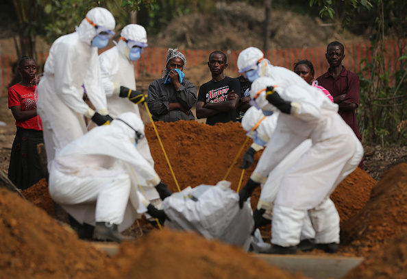 Place of Burial「Liberia Turns Towards Normalcy As Fight Continues To Eradicate Ebola」:写真・画像(8)[壁紙.com]