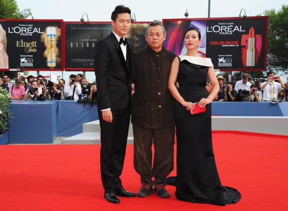 "Lee Min「""Pieta"" Premiere - The 69th Venice Film Festival」:写真・画像(8)[壁紙.com]"