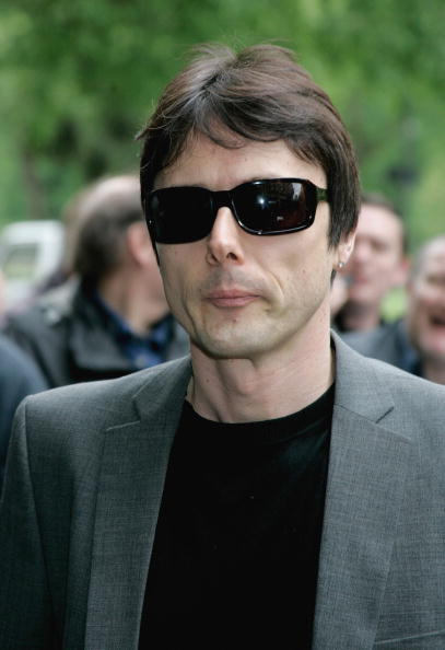 Brett Anderson - British Musician「Arrivals For The Ivor Novello Awards」:写真・画像(2)[壁紙.com]