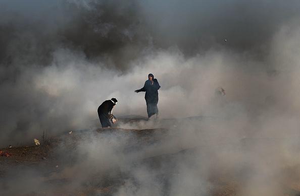 Gaza Strip「Funerals Held For Nearly 60 Palestinians Killed In Violence On Israeli Border」:写真・画像(14)[壁紙.com]