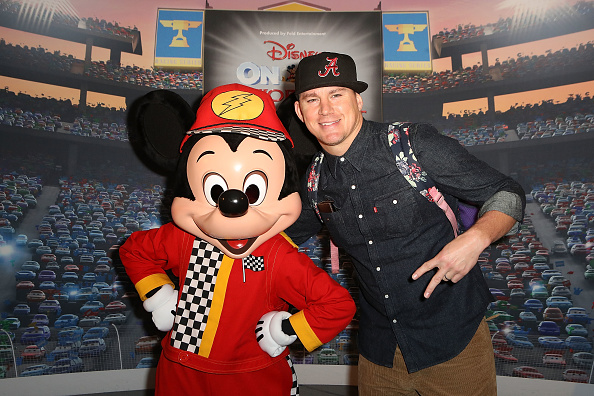 Mystery「Disney On Ice presents Worlds Of Enchantment Celebrity Guests (STAPLES Center Los Angeles)」:写真・画像(17)[壁紙.com]