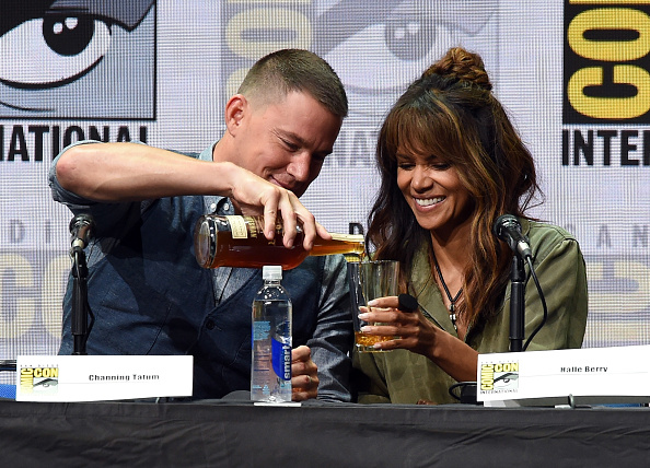 Two People「Comic-Con International 2017 - 20th Century FOX Panel」:写真・画像(4)[壁紙.com]
