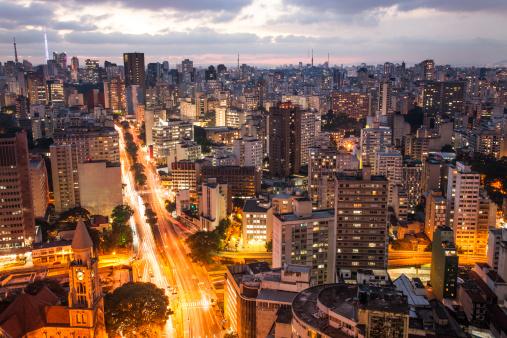São Paulo「Sao Paolo city lights at dusk」:スマホ壁紙(10)
