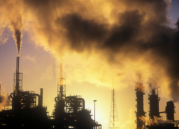 Greenhouse Gas「Pollution from petrochemical plant on Teeside, UK.」:写真・画像(11)[壁紙.com]