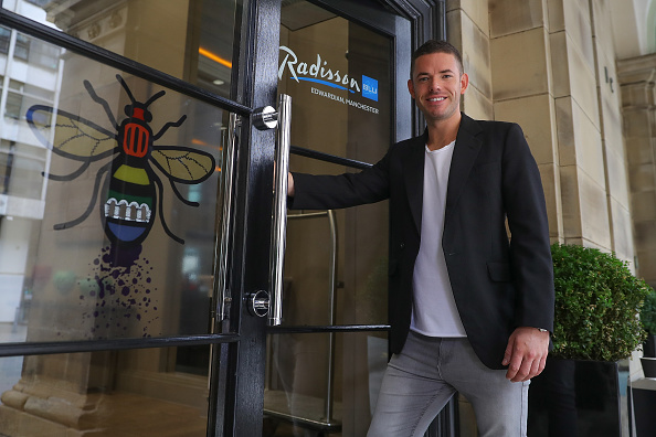 Human Interest「Radisson Blu Edwardian Manchester, Official Hotel Partner of Manchester Pride Unveils Artwork by Christian Taylor To Celebrate This Year's Event」:写真・画像(16)[壁紙.com]