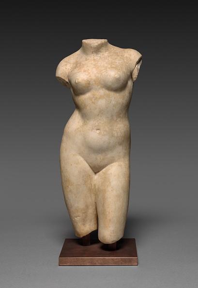 Sculpture「Torso Of A Woman」:写真・画像(18)[壁紙.com]