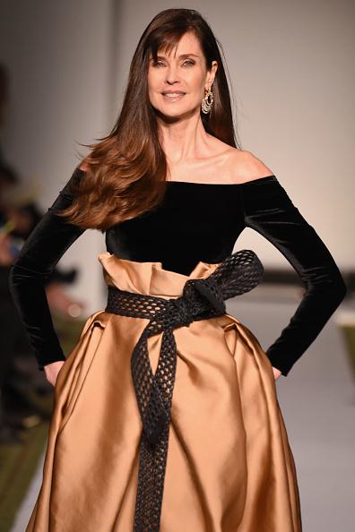 ミッドタウンマンハッタン「Dennis Basso - Runway - February 2019 - New York Fashion Week」:写真・画像(8)[壁紙.com]