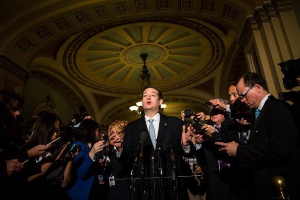 アメリカ合州国「Negotiations Continue On Capitol Hill One Day Before Debt Limit Deadline」:写真・画像(18)[壁紙.com]